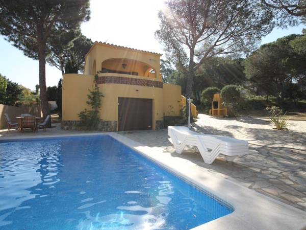Holiday Home Pinedes L Escala