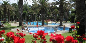 Camping Valldaro is located just outside Platja d'Aro, in Catalunya's Baix Empordà region. It offers 3 outdoor pools, a minigolf course and tennis courts, and air-conditioned bungalows.