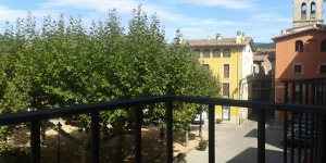 Featuring free Wi-Fi, Apartamentos Fonda Finet offers apartments in Sant Felíu de Pallarols. Guests have free access to a swimming pool and garden at Fonda Finet guest house, 100 metres away.