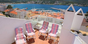 Apartment La Carbonera Port de la Selva is a self-catering accommodation located in Port de la Selva. The property is 1.