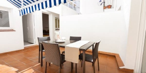 This apartment is located in Costa Brava, St. Antoni de Calonge in Spain and it's located on the 1st floor.