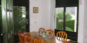 Holiday home Port Del Rei II is located in L'Escala. Free WiFi access is available in this holiday home.
