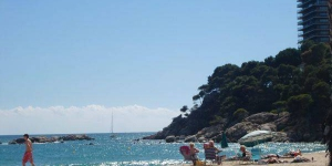 Offering an outdoor pool, Holiday home Av.Torre Valentina 5,Casa is located in Sant Antoni de Calonge.