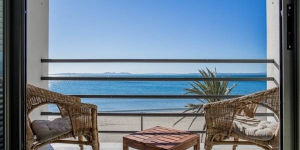 Apartaments Stella Maris offers well-equipped apartments on Roses' beachfront promenade. This complex offers impressive sea views, free Wi-Fi access and in most cases, a balcony.