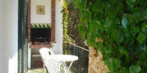 Apartment Alberts is a self-catering accommodation located in Llafranc. Accommodation will provide you with a balcony.