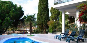 Holiday home Solymar is located in Lloret de Mar. The accommodation will provide you with a balcony.