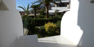 InmoSantos Oasis B2 is a self-catering accommodation located in Roses. WiFi access is available.