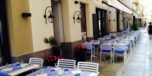 Can Segura Hotel is located in Sant Feliu de Guíxols, 100 metres from the beach. This small, family-run hotel features a restaurant with an outdoor terrace offering traditional homemade seafood dishes.