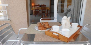 Apartment CMerce Rodoreda K-543 is a self-catering accommodation located in Blanes. Accommodation will provide you with air conditioning.