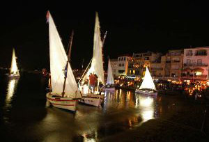 L'Escala harbour, by night
